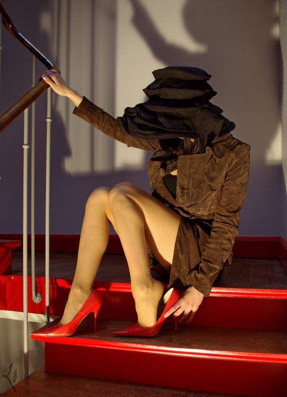 Lève-toi et marche ! Et plus vite que ça, pas la peine de te cacher derrière ton chapeau, tu n'y couperas pas !