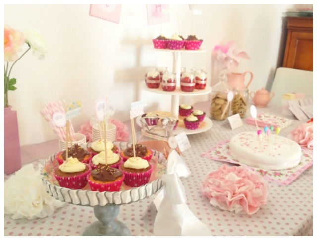 swette table rose anniversaire fille